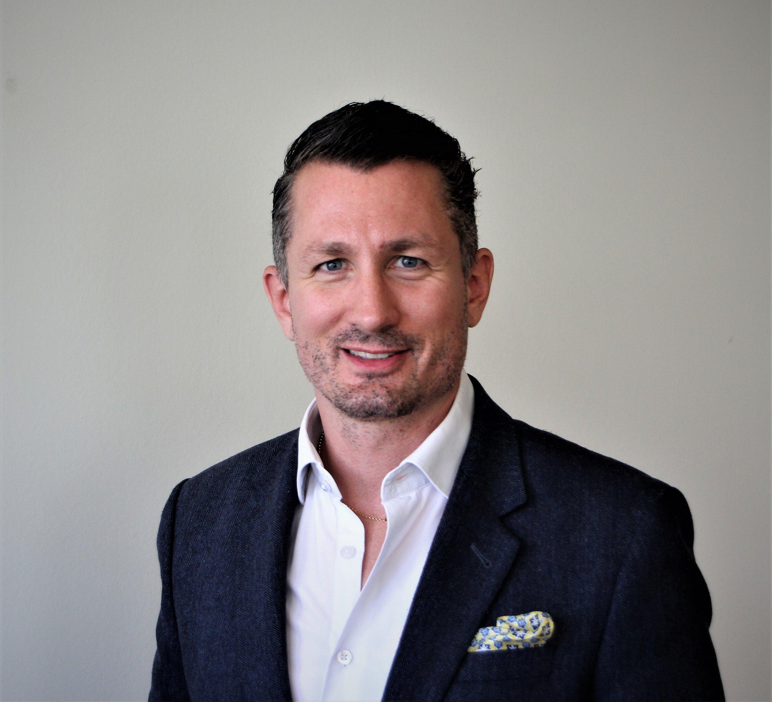 Daniel Biesuz - Blockchain & Fintech Consultant