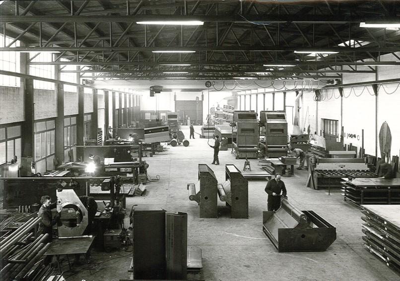 ....The factory on Soroevej is built ..Construction de l'usine de Soroevej ..Bau des Werks am Sorøvej ..Soroevej 的工厂建成 .. Строительство завода на Сорёвай ....