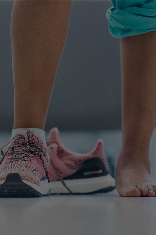 What does running a marathon do to your knees? -