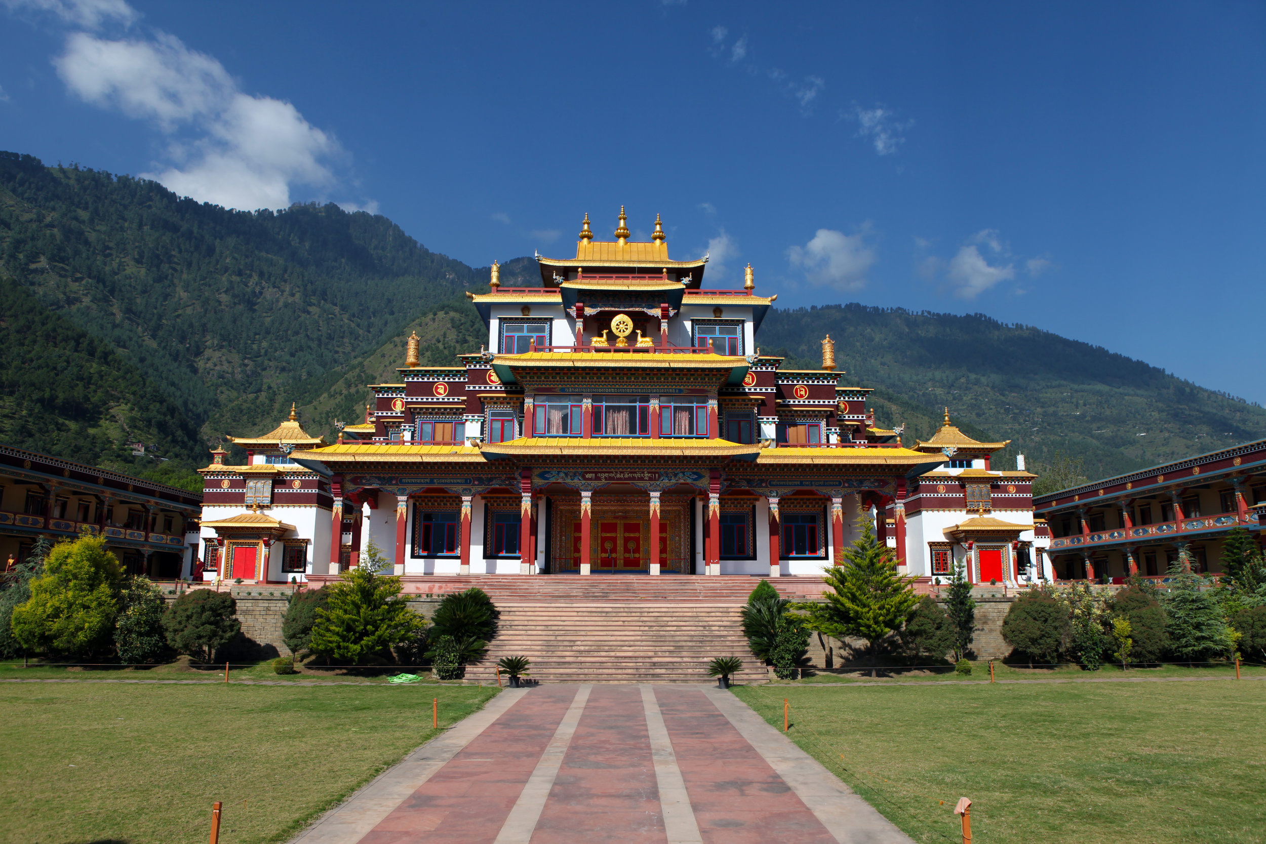 The newly reestablished Dechen Choekhor Monastery in Kullu, H.P. India was officially inaugurated in early October, 2017.