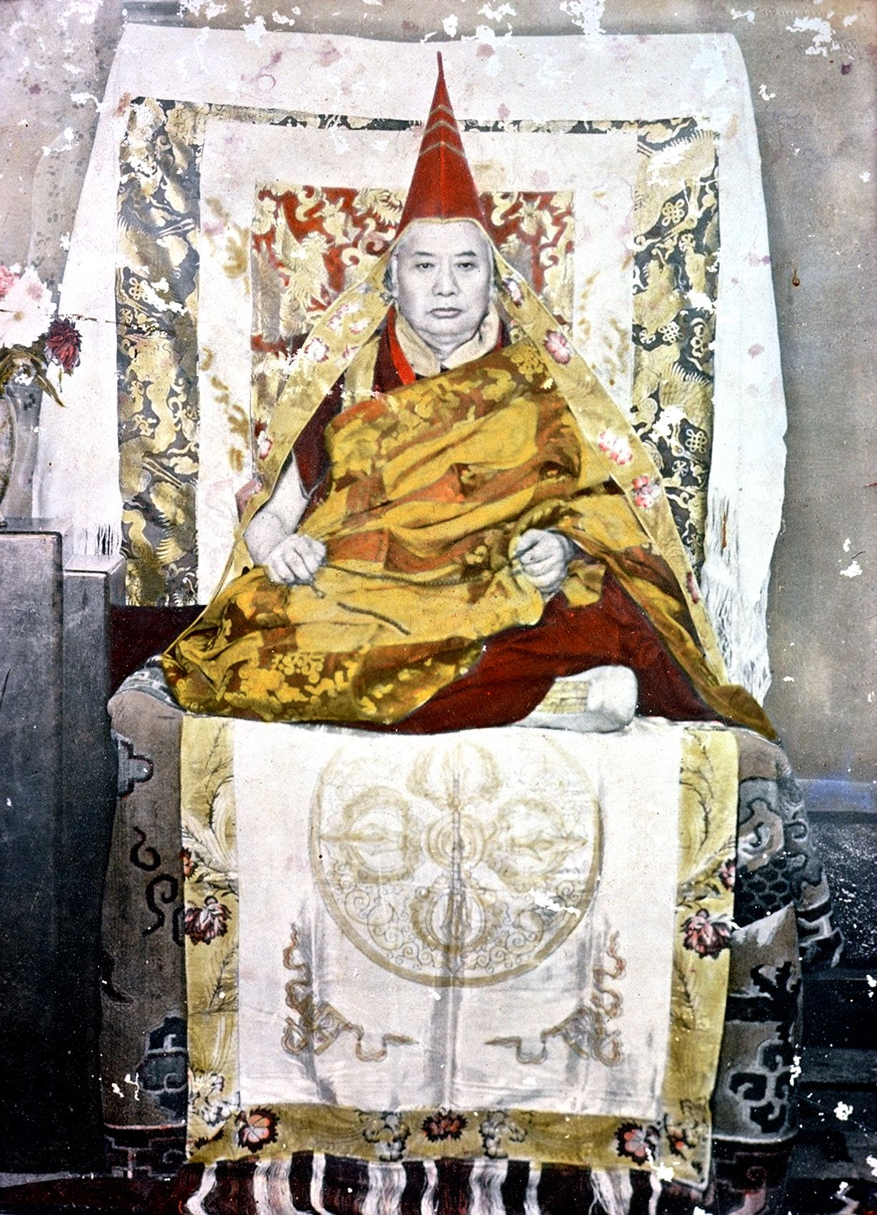 A color-painted portrait of The 8th Kyabgon Drukpa Choegon Rinpoche, Thutop Choekyi Gyamtso in a remote branch-monastery of Dechen Choekhor in Kinnaur.