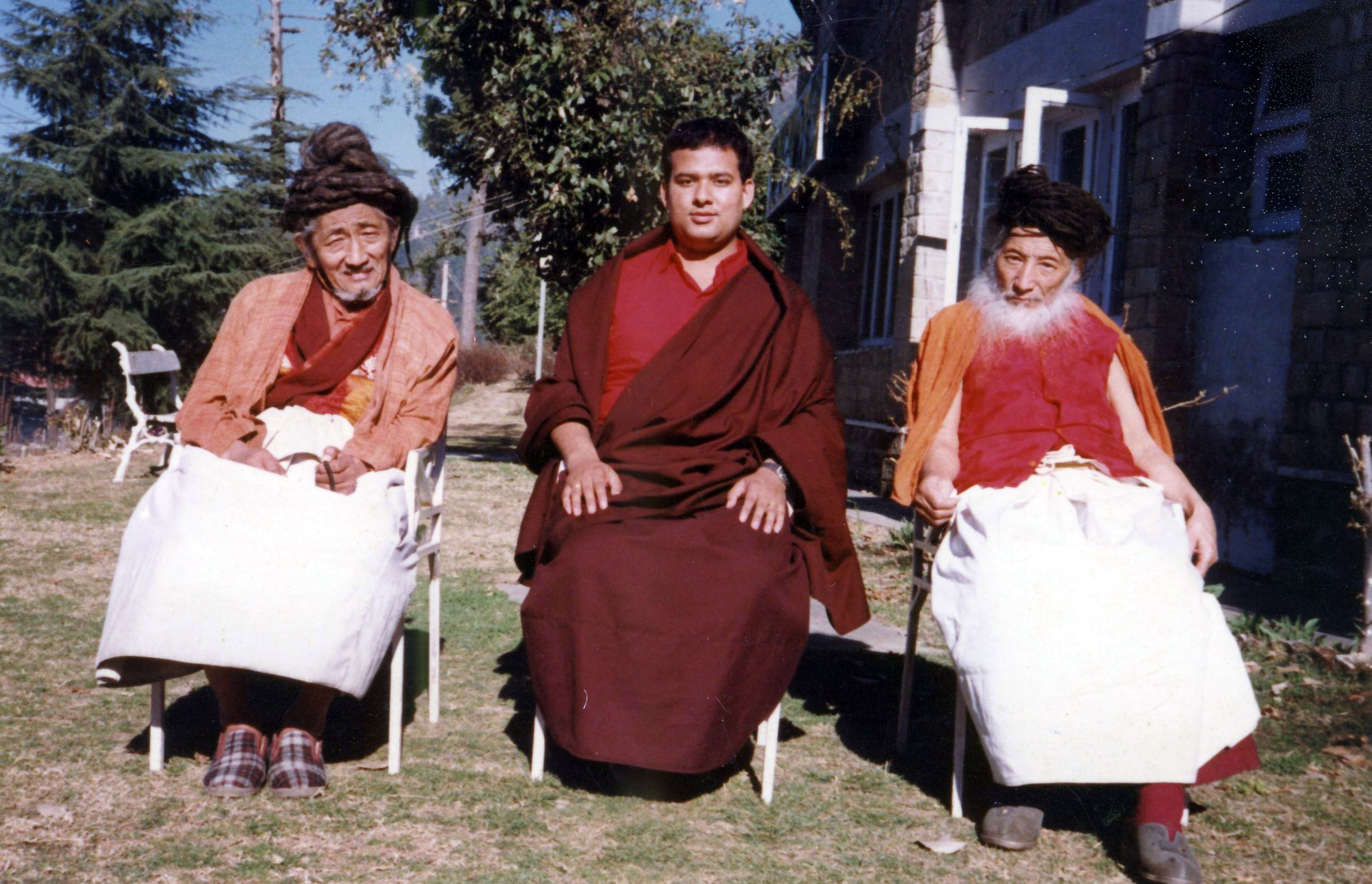 The 9th Drukpa Choegon Rinpoche with Togden Anjam (L) and Togden Amtrin (R) at Khampagar, Tashi Jong.