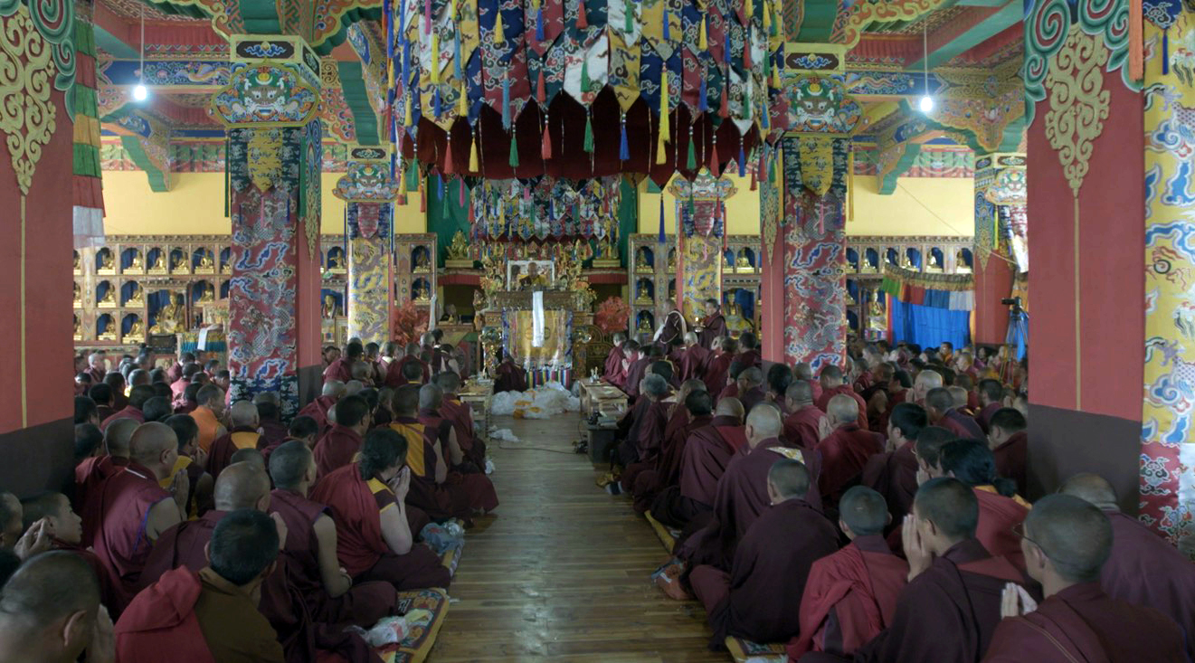 Choegon Rinpoche bestowing blessings during the Grand Drukpa Kargyu Empowerment and Transmission 2018.