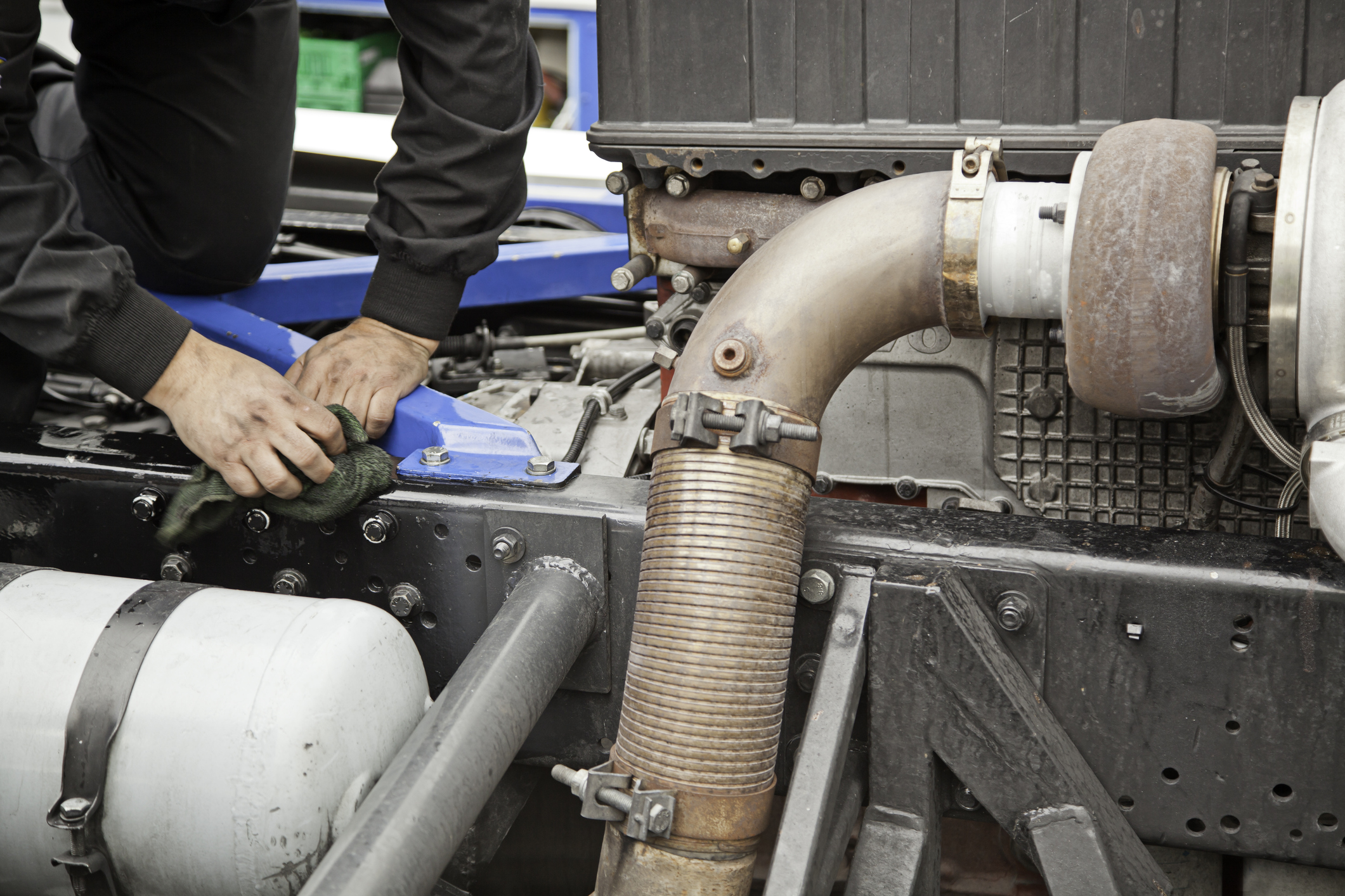 Heavy Truck Repair - We offer all types of repairs and service including certified DOT Inspections, Mobile service and diagnostics. Same day emergency repairs.