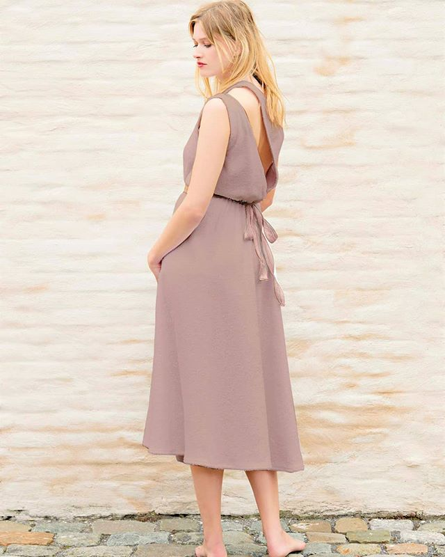 Our Pomona one shoulder midi dress with chest and back openings, side leg opening and a ribbon at the waist in Taupe color ♥️ Visit our website to pre-order and sign up for our newsletter to get notified when product is available! (we respect your privacy) www.akouris.com  #summerdress #dress #taupe #green #fashion #style #beachwear #beachstyle #loungewear #lounge #resort #resortwear #destinationwear #summer #holiday #vacation #vacationmode #dressoftheday #designer #clothes #clothingbrand #akouris