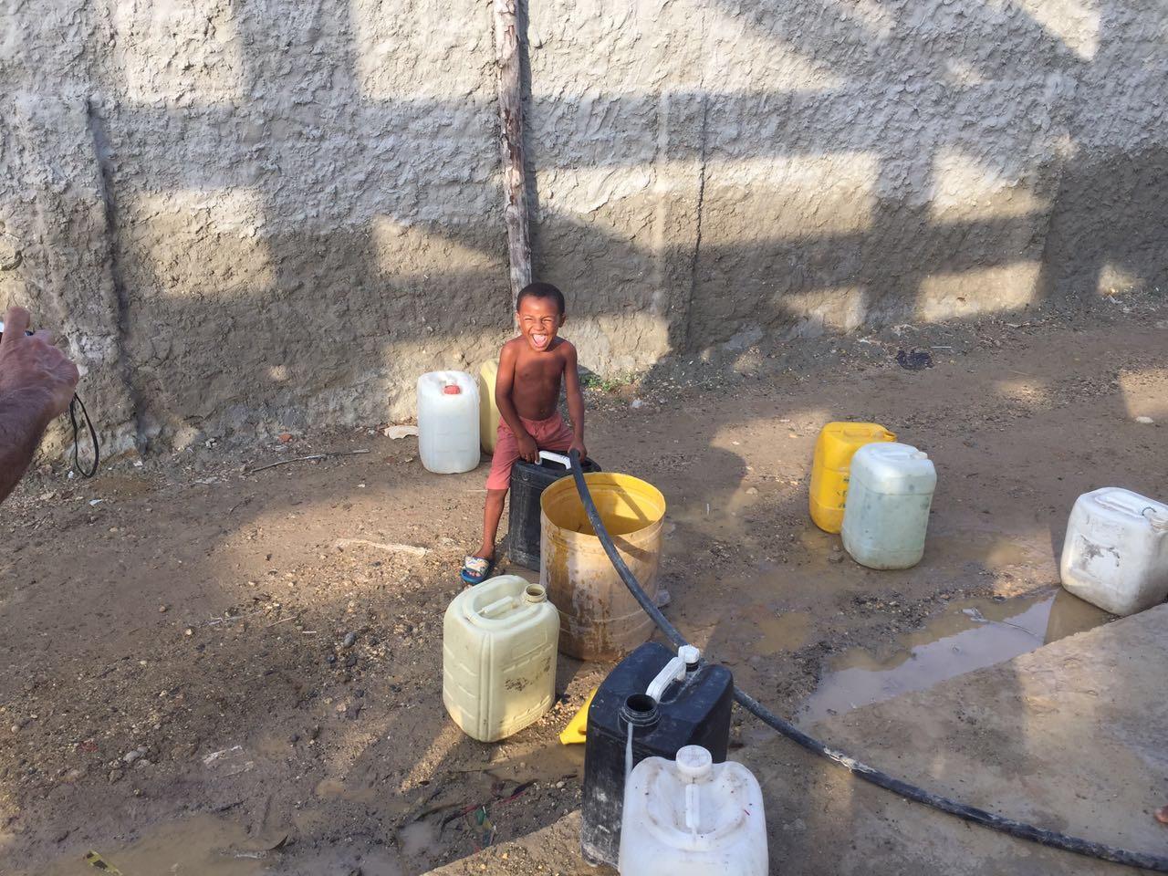 Création d'une Centrale d'eau potable dans un Centre de Santé de Bocachica, Colombie - L'Île de Tierrabomba est située dans la région du caraïbe colombien, à l'entrée de la grande baie de Cartagena. Cette île est un témoin très important de l'héritage culturel et historique de l'Afrique dans la formation des nouvelles nations d'Amérique Latine…