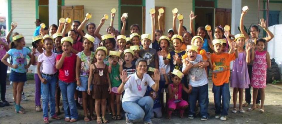 Fundesesaro, République Dominicaine, 2008 - Fundesesaro, a introduit un projet de Centre de Formation en Informatique dans la région de Santiago Rodriguez, qui a comme principaux objectifs :1. Garantir l'accès à la formation des technologies d'Information et de Communication pour une égalité des opportunités de développement des populations localisées dans les zones rurales et urbaines marginales…