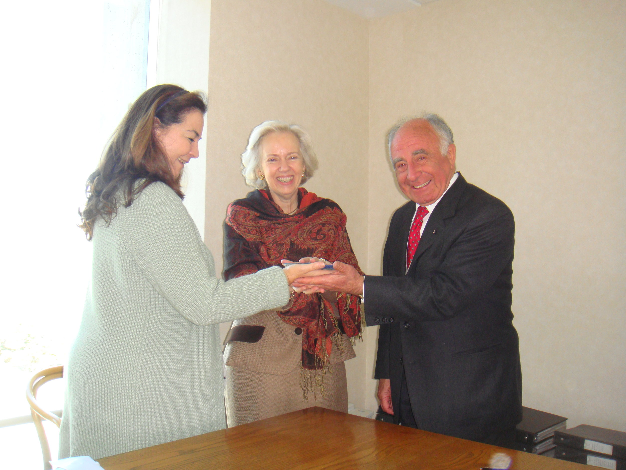 Ayuda a Orden de Malta Chile.JPG