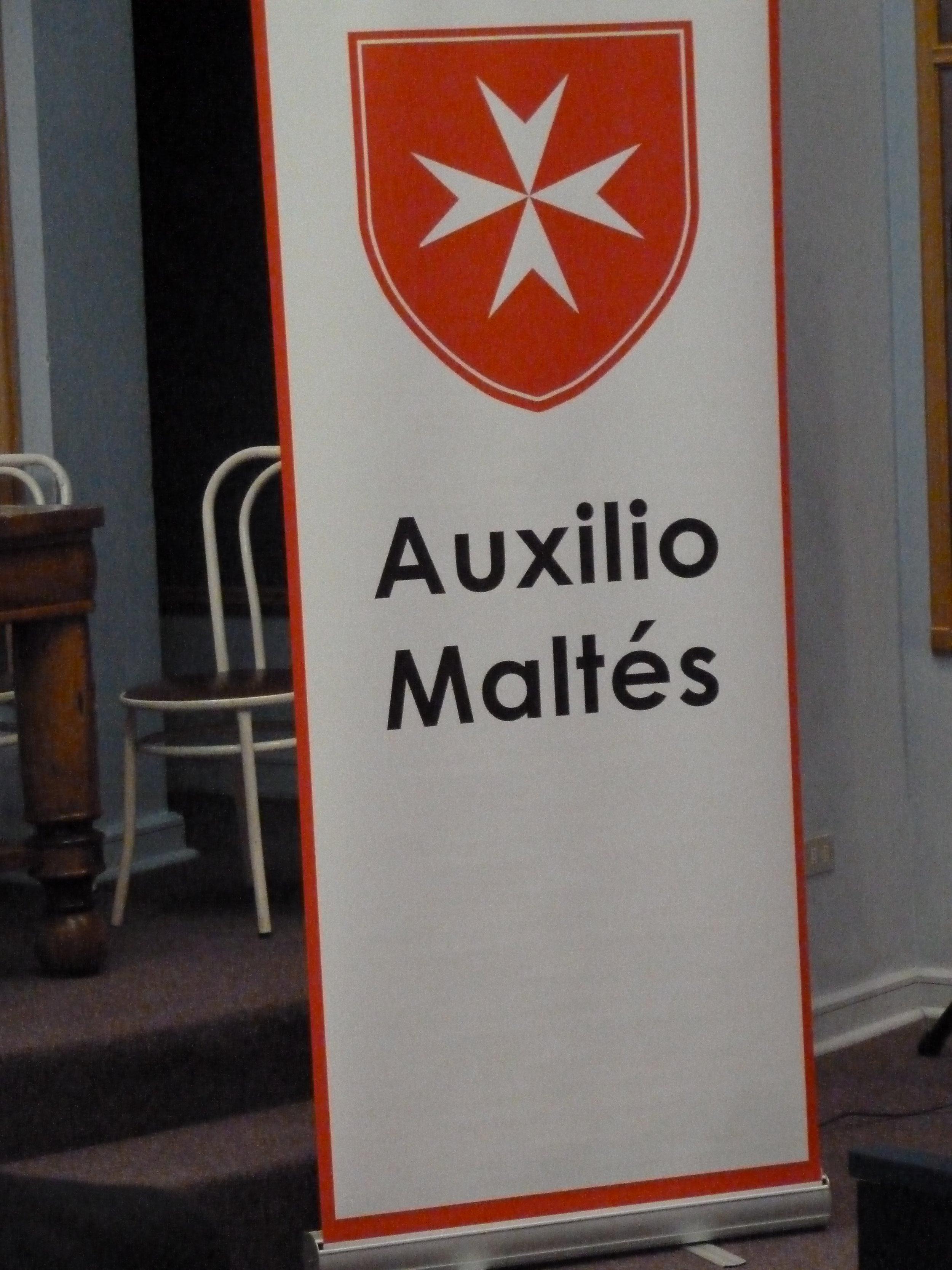 AIDE POUR KINE A AUXILIO MALTES SANTIAGO DU CHILI.JPG