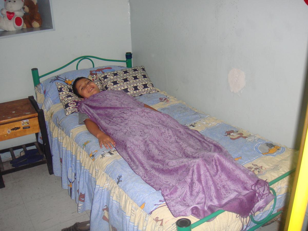 FONDATION SANTA CLARA ENFANTS PORTEUR DU SIDA QUI VA RECEVOIR UNE HARMONISATION.JPG