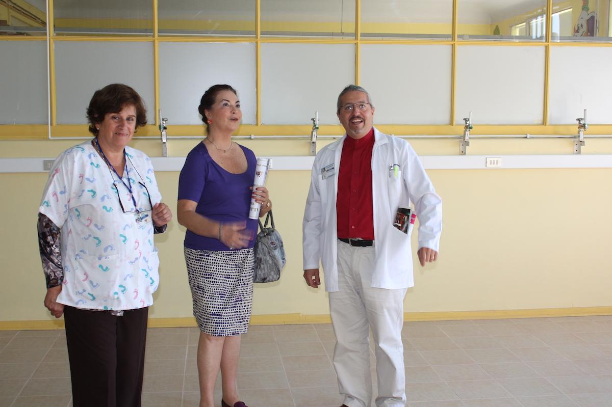 AYUDA A HOSPITAL HERMINDA MARTIN UNAPIEZA  DE HOSPITAL PARA 10 NIÑOS.JPG