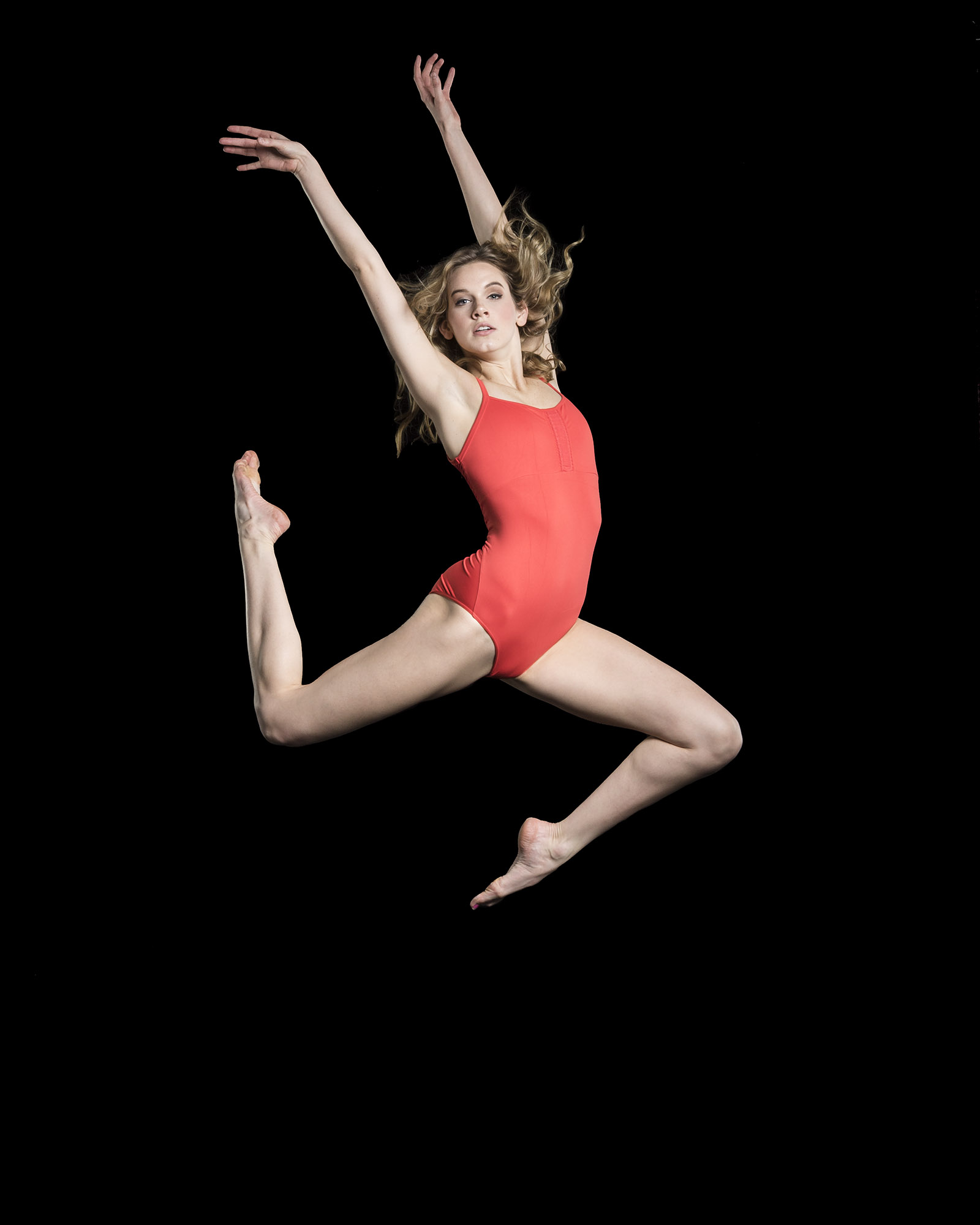 dancer-jumping-in-leotard.jpg