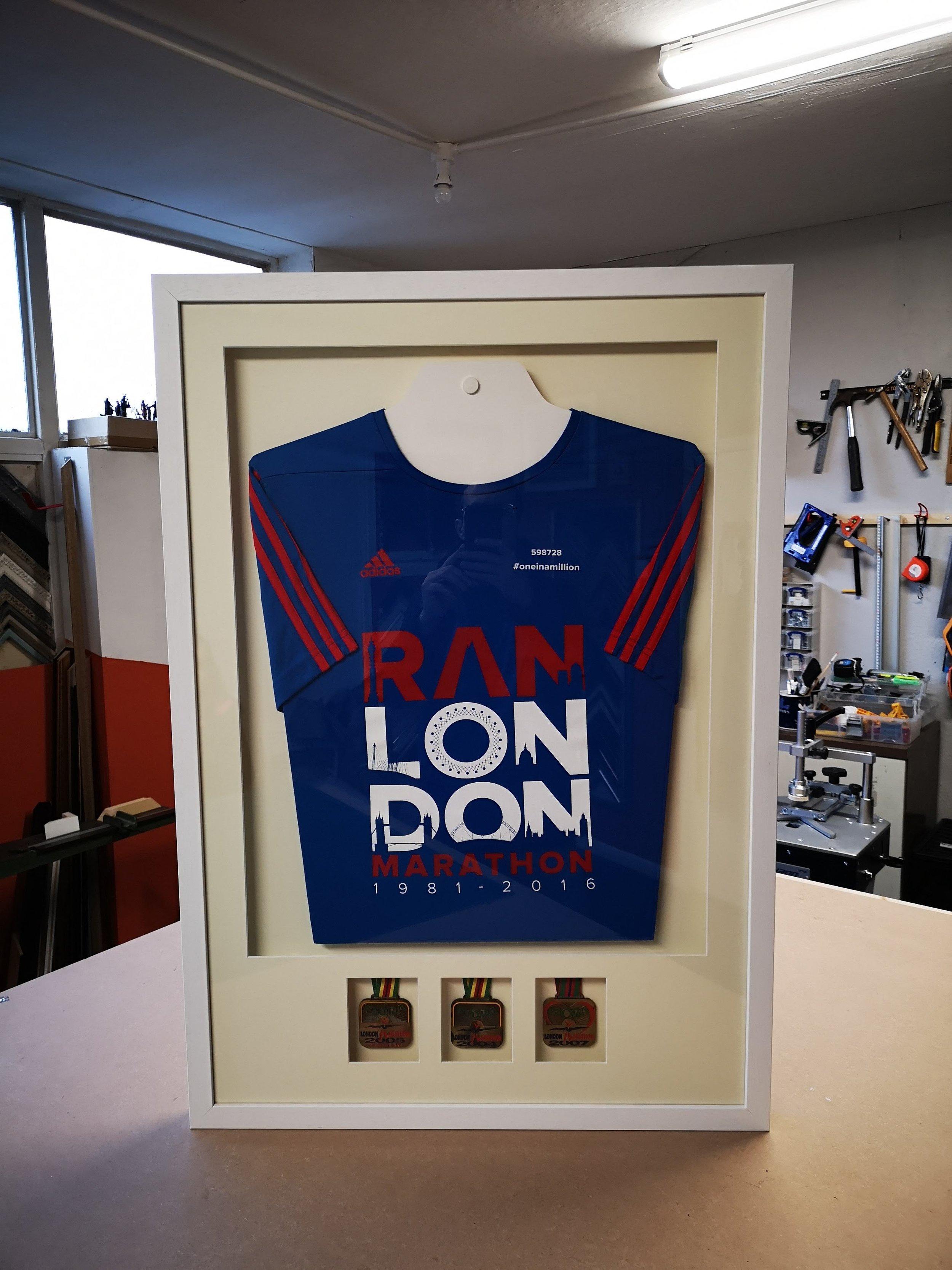 london marathon shirt and medals