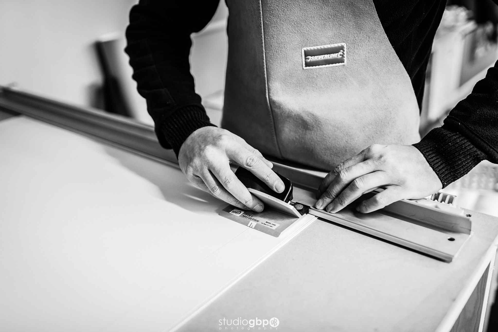 mountboard cutting