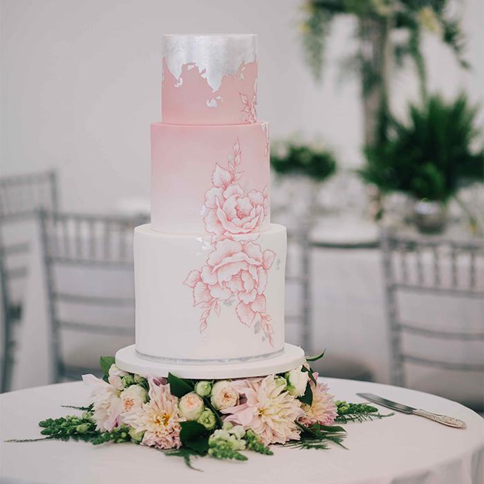 Littleton-Rose-Luxury-Event-Planner-London-Wedding-Cake-3.jpg
