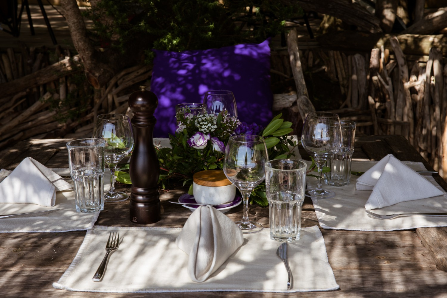 Littleton-Rose-Luxury-Destination-Wedding-Planner-Corsica-France-Justine-and-Tom-Brunch.jpg