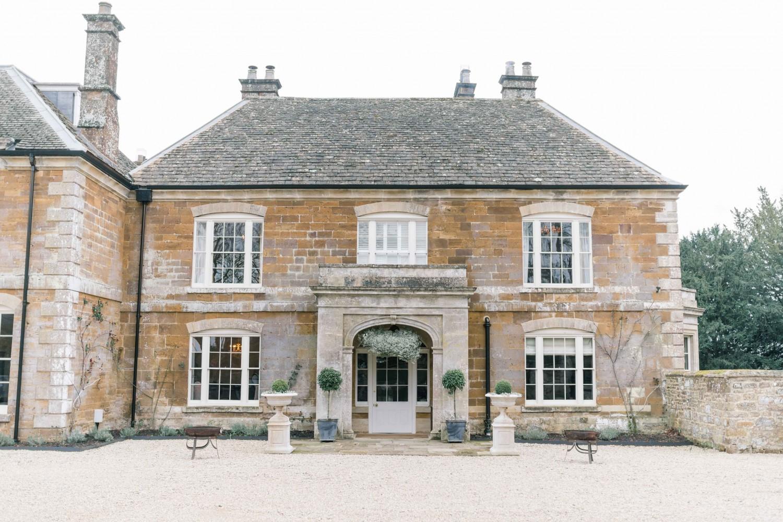 Littleton-Rose-Wedding-Planner-Oxfordshire-Thorpe-Manor-International-Women's-Day-Front.jpg