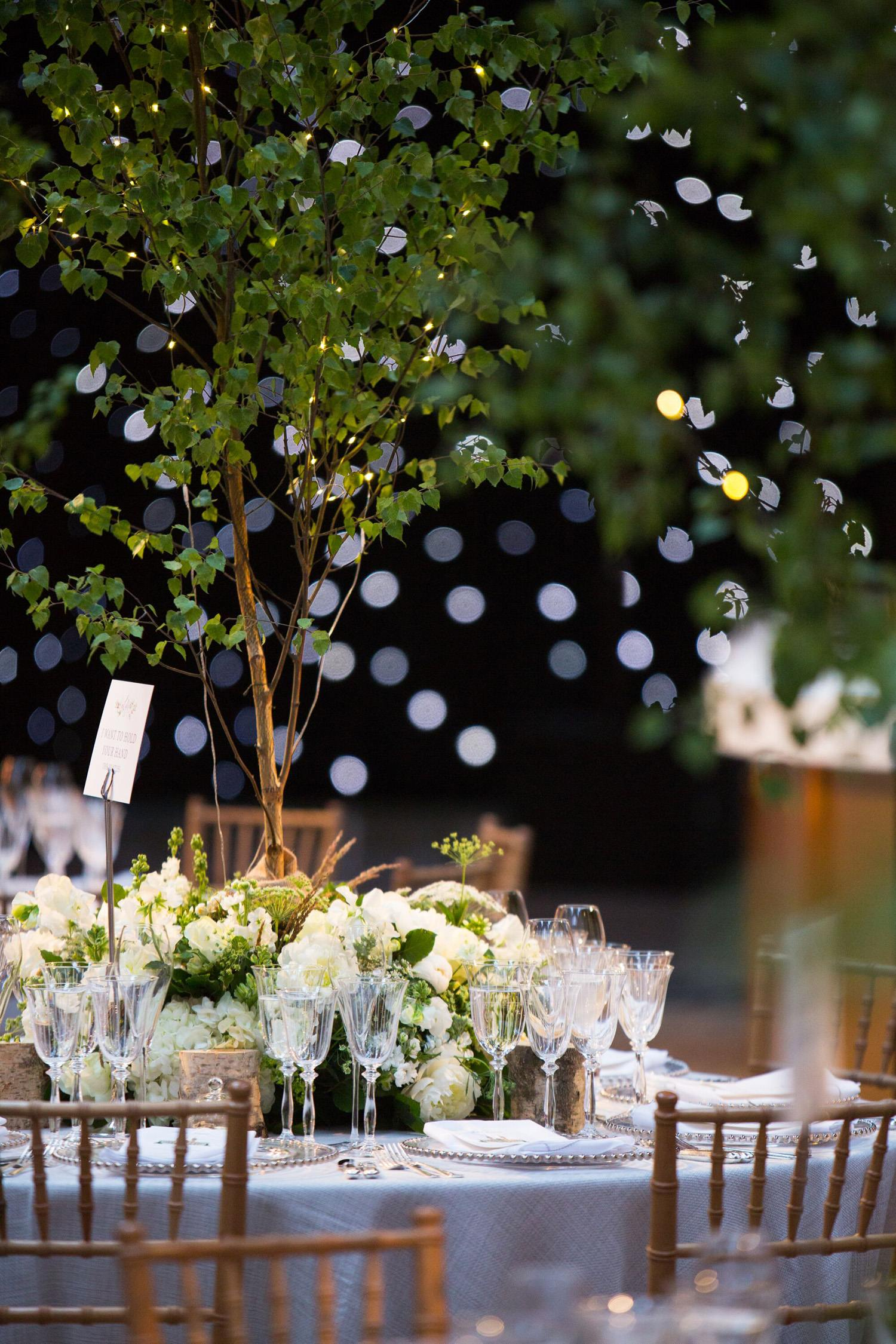 Littleton-Rose-Natural-History-Museum-London-Wedding-Planners-Table-Centres.jpg