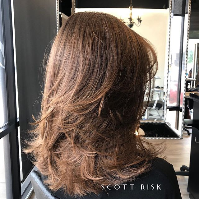 Airy Movement #movement #layeredhaircut #haircut #brunette #hairstyles #hairstyle #dallashairstylist #dallasstylist #modernsalon #friscohairstylist #hairdresser #behindthechair #layershaircut #longlayers #hairbrained