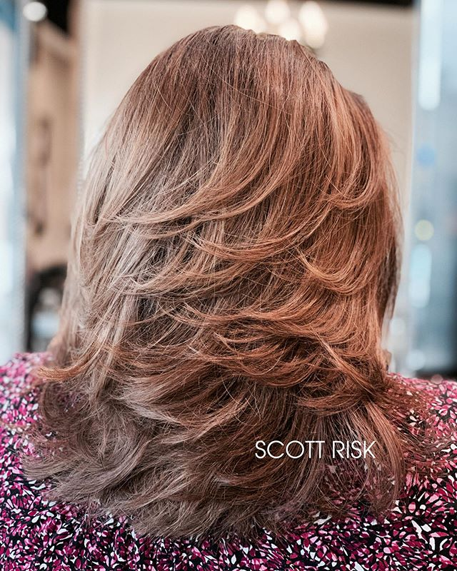 Layers #layeredhaircut #haircut #haircolor #highlights #hairstyles #hairbrained #hairdresser #longlayers #dallashairstylist #behindthechair #modernsalon #hairstyle