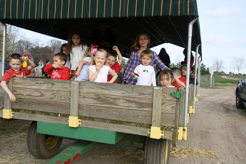 SPRING Package #2 First 10 Adults FREE   Hayride, Chicken Dance with Rudy the Rooster, Fun in the Learning Barn, Hot Dogs or Pizza & Choice of two beverages by the pitcher or juice boxes, Feed for the Animals, Space rental - 2 hours   $15.00 per child, $4.00 per each additional adult going on hayride