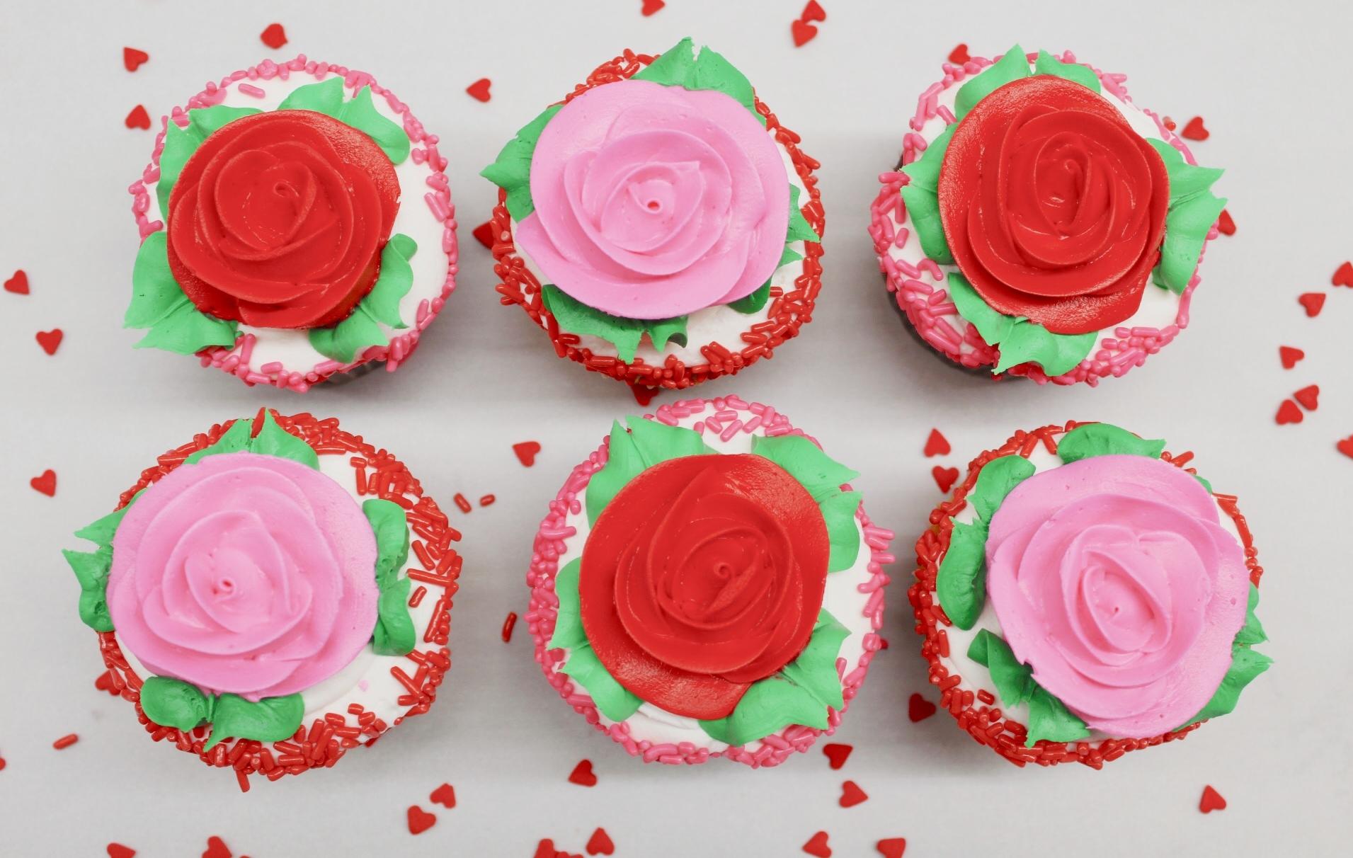 Valentine cupcakes.JPG