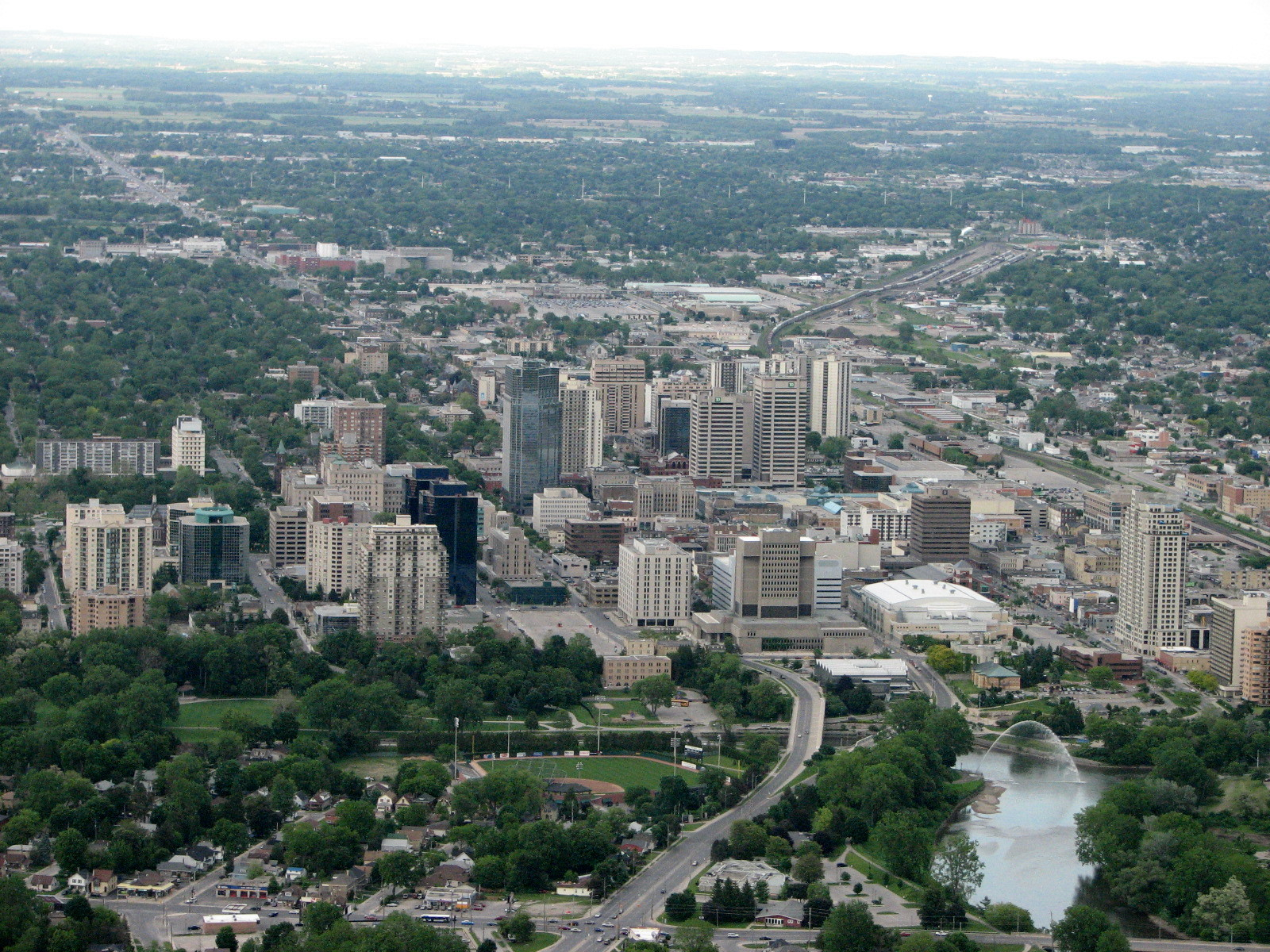 London,_Ontario,_Canada-_The_Forest_City_from_above.jpg