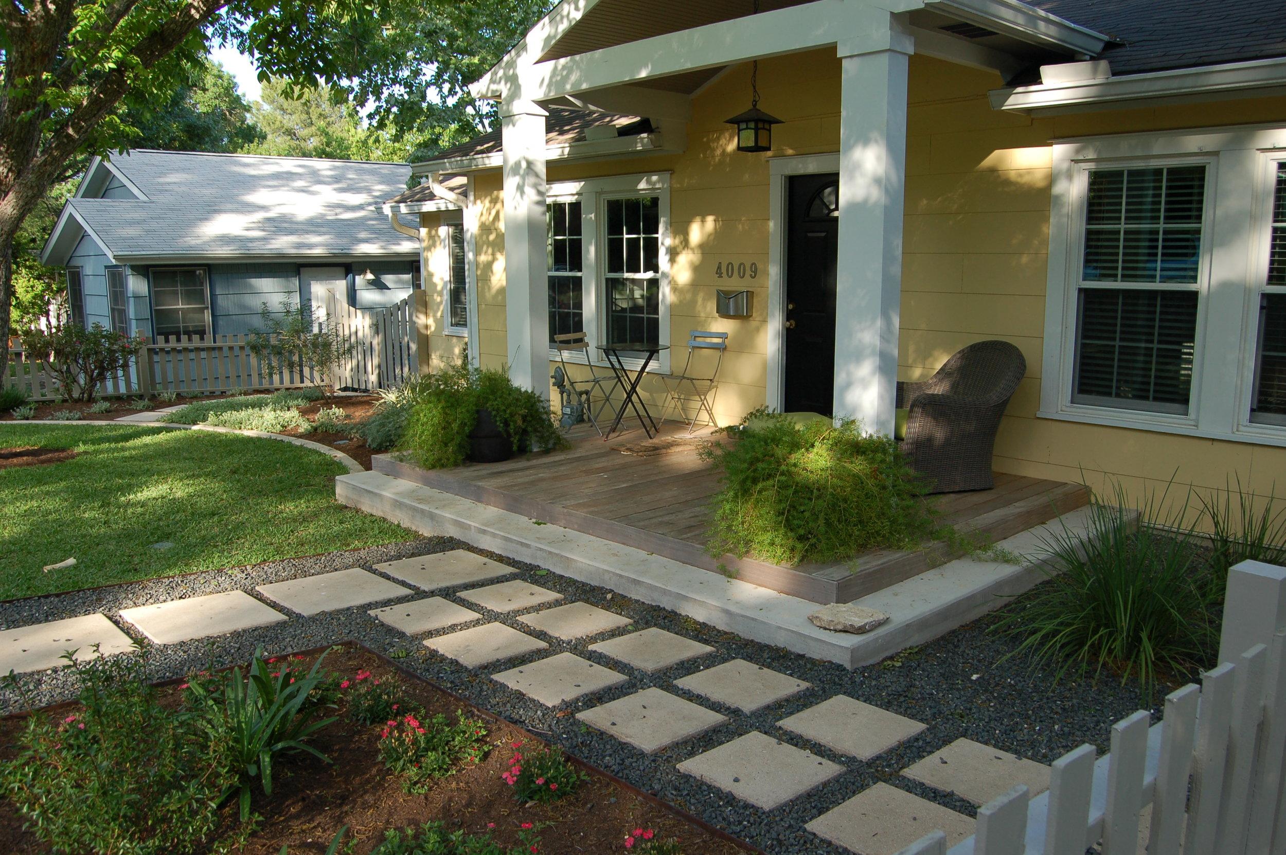 modern-front-yard-landscape