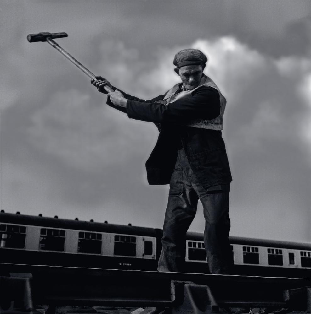 014 Eorking on the line, Paddington, London .jpg