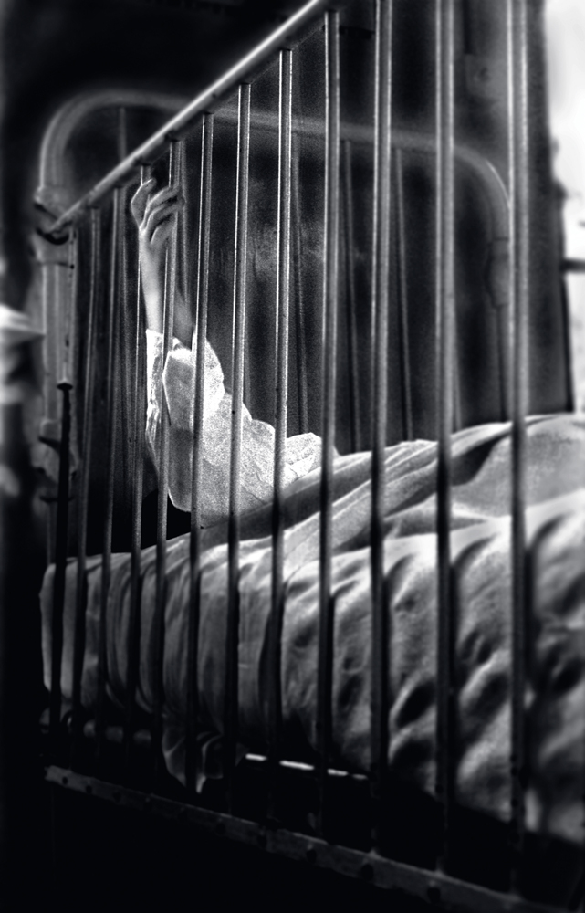 039 Sick child, Leicester England .jpg