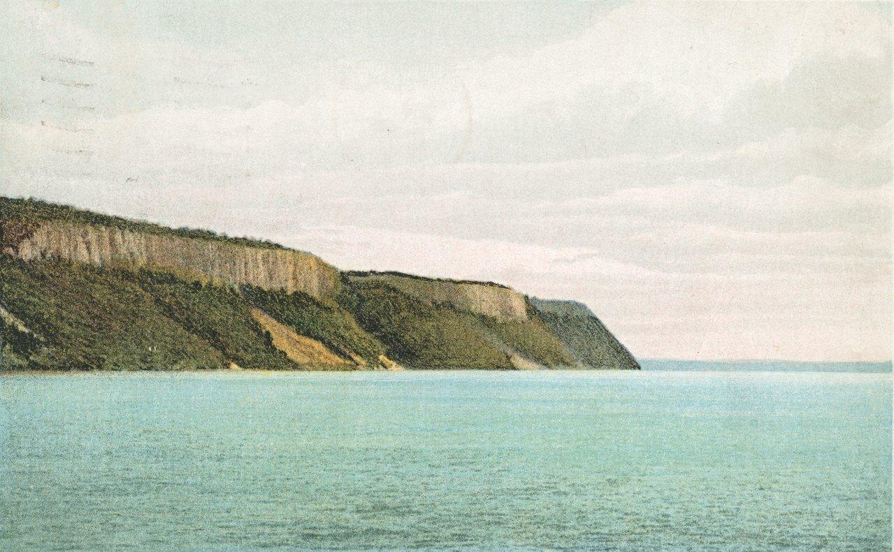 postcard of the palisades c 1898.jpg