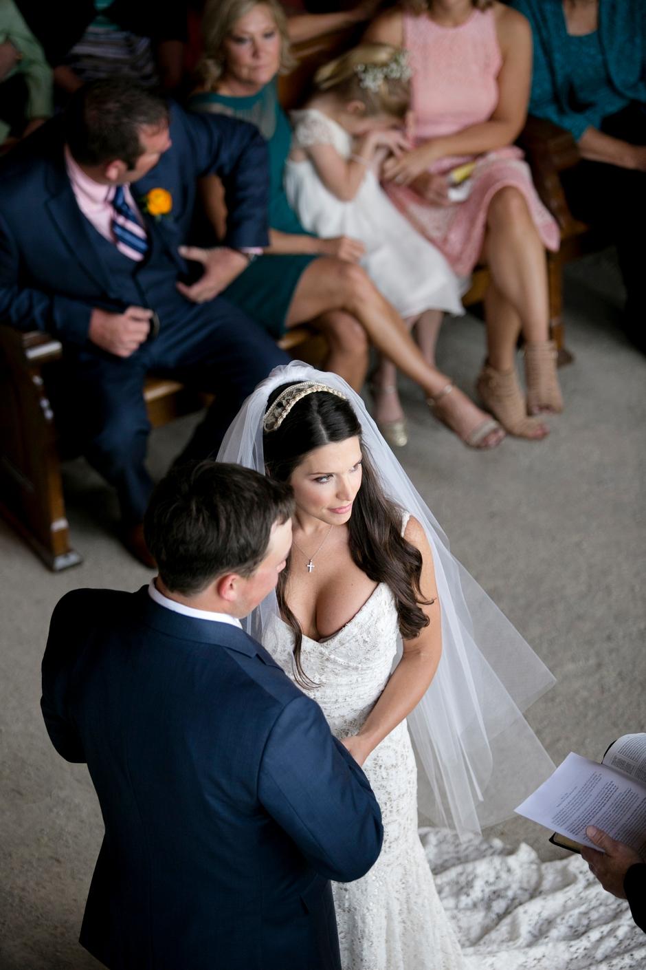 langley-farm-bourbon-wedding-spring-cream-bride-woodford-726