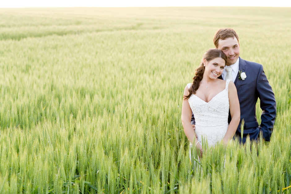 langley-farm-bourbon-wedding-spring-cream-bride-woodford-755