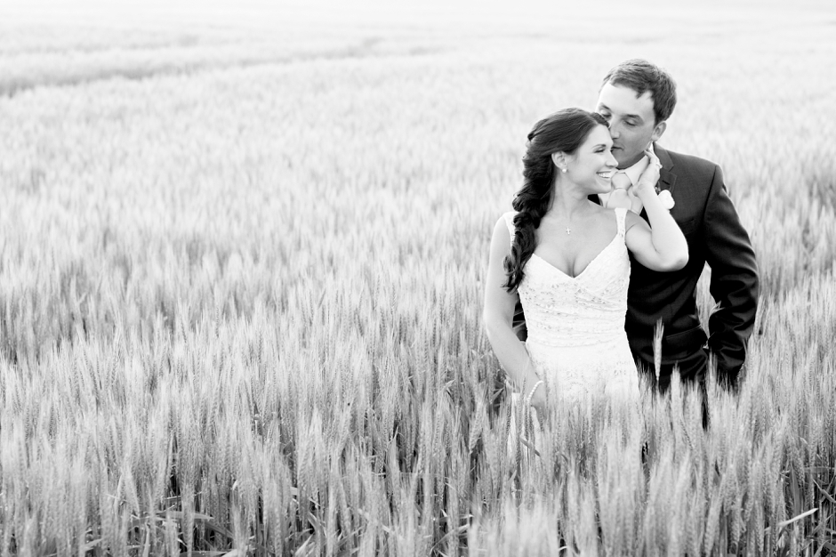 langley-farm-bourbon-wedding-spring-cream-bride-woodford-762