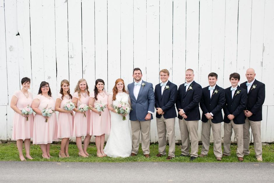 kentucky-spring-wedding-red-orchard-park-blush-585