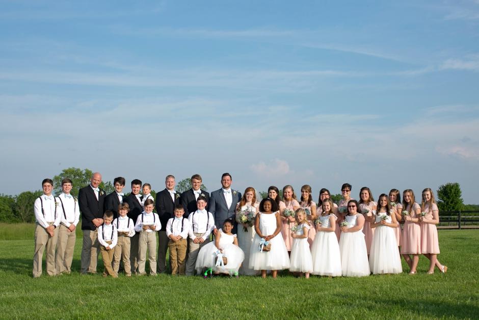kentucky-spring-wedding-red-orchard-park-blush-615