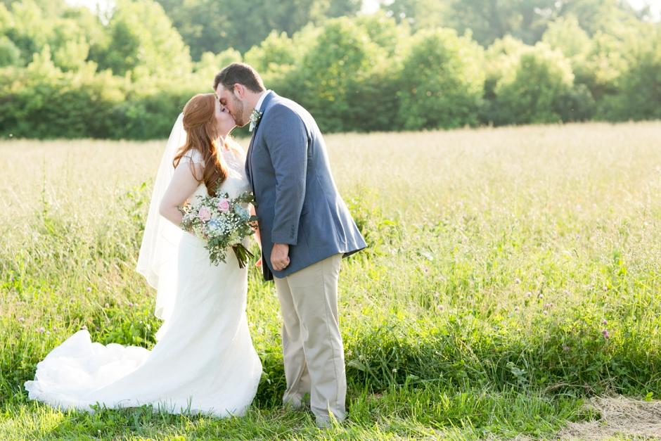 kentucky-spring-wedding-red-orchard-park-blush-621