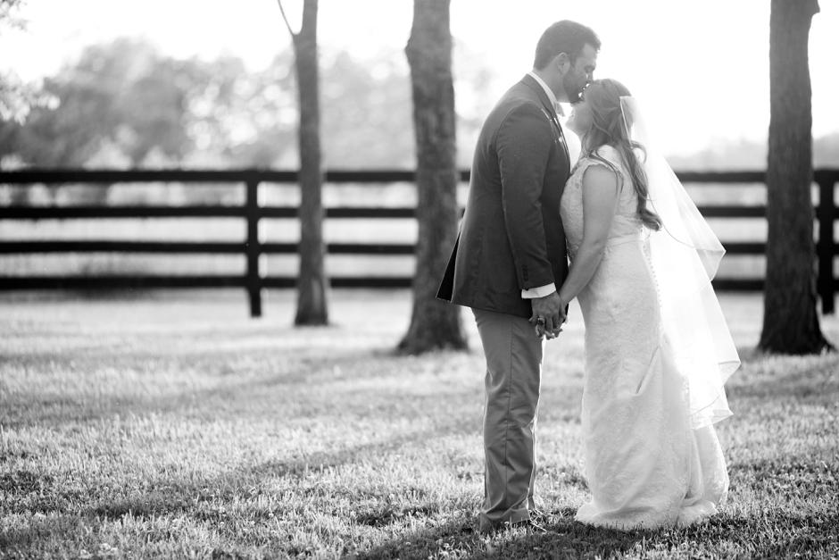 kentucky-spring-wedding-red-orchard-park-blush-633
