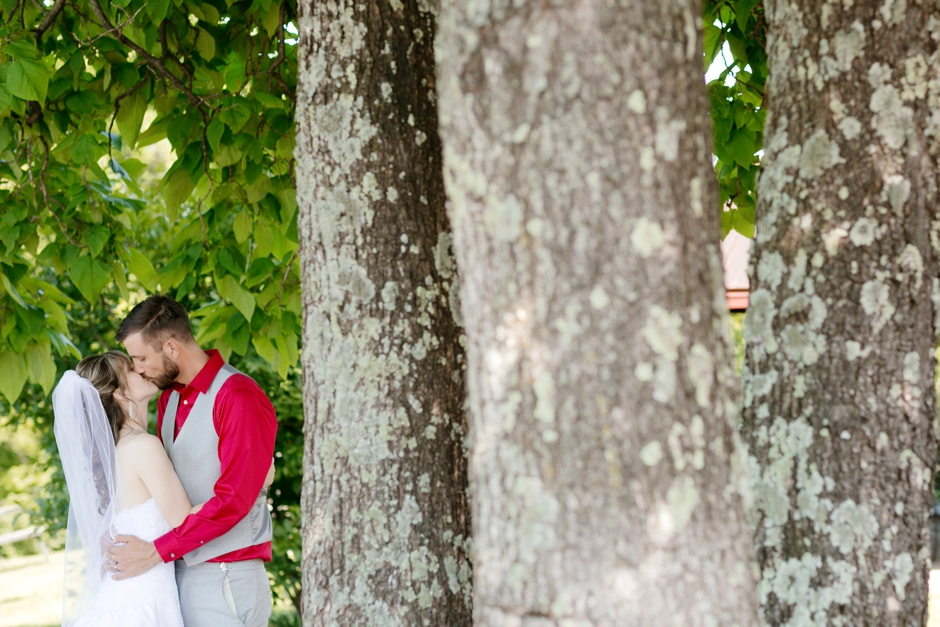 lawrenceburg-ky-wedding-four-roses-bourbon-093.jpg