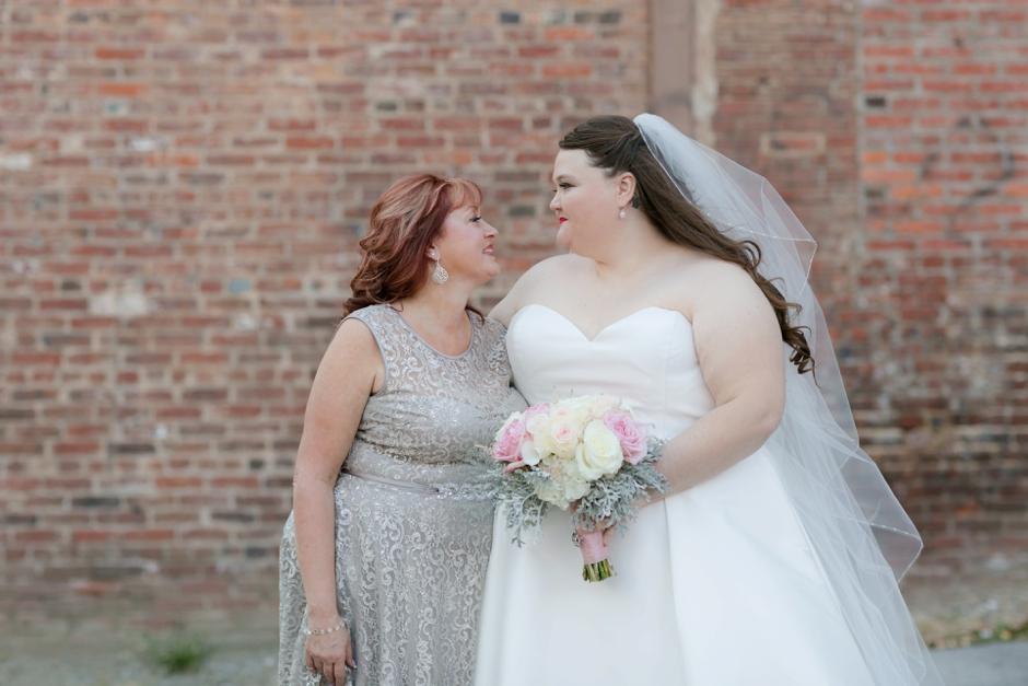 the-foundry-glassworks-wedding-142.jpg