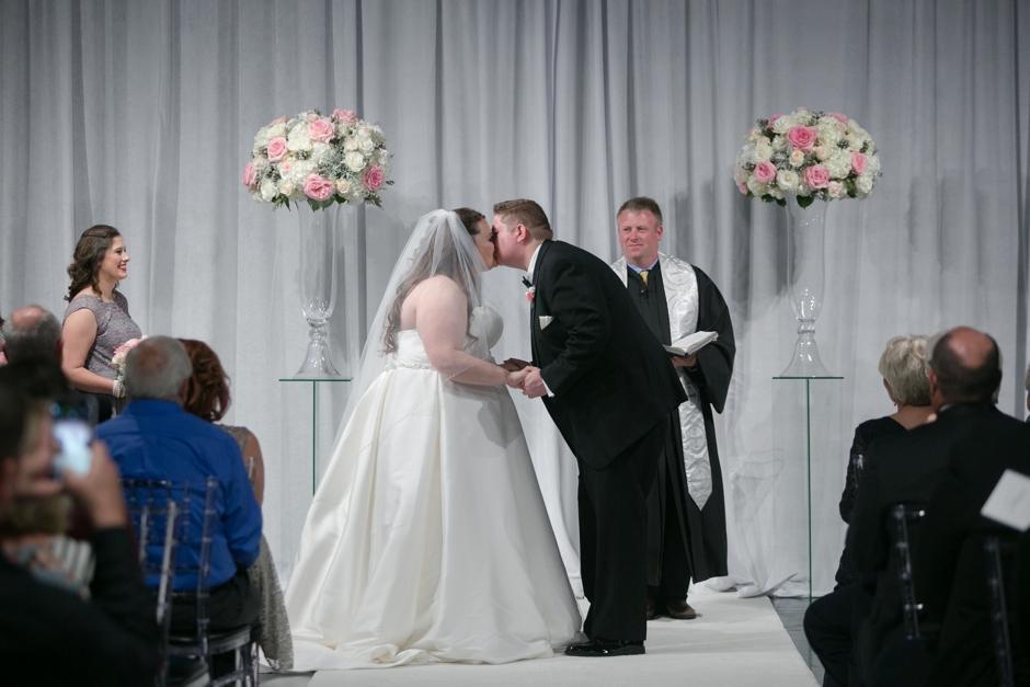 the-foundry-glassworks-wedding-160.jpg