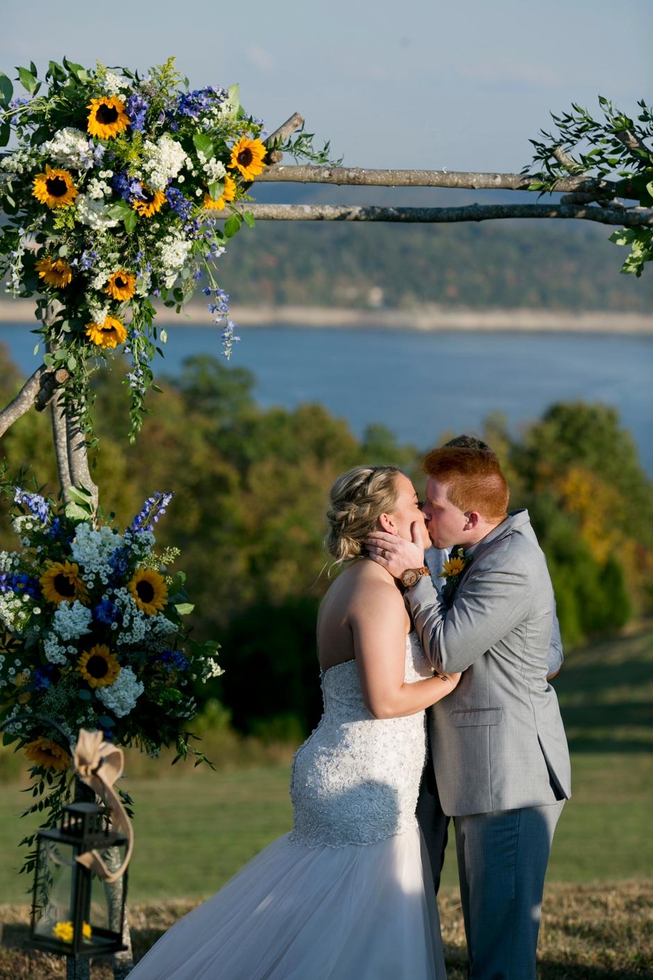 somorset-kentucky-fall-wedding-076.JPG