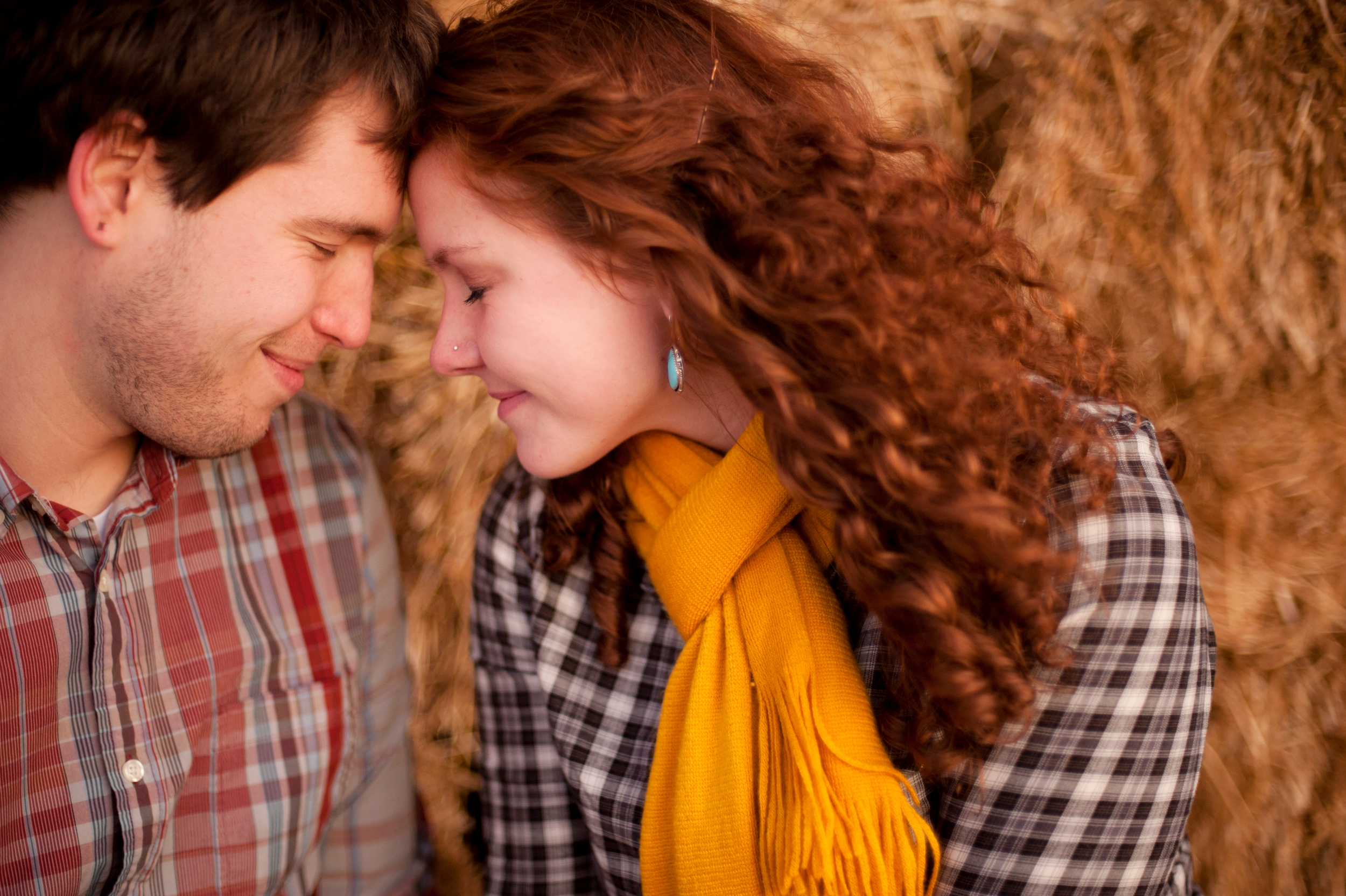 19-bowling-green-farm-fall-engagement-picture.jpg