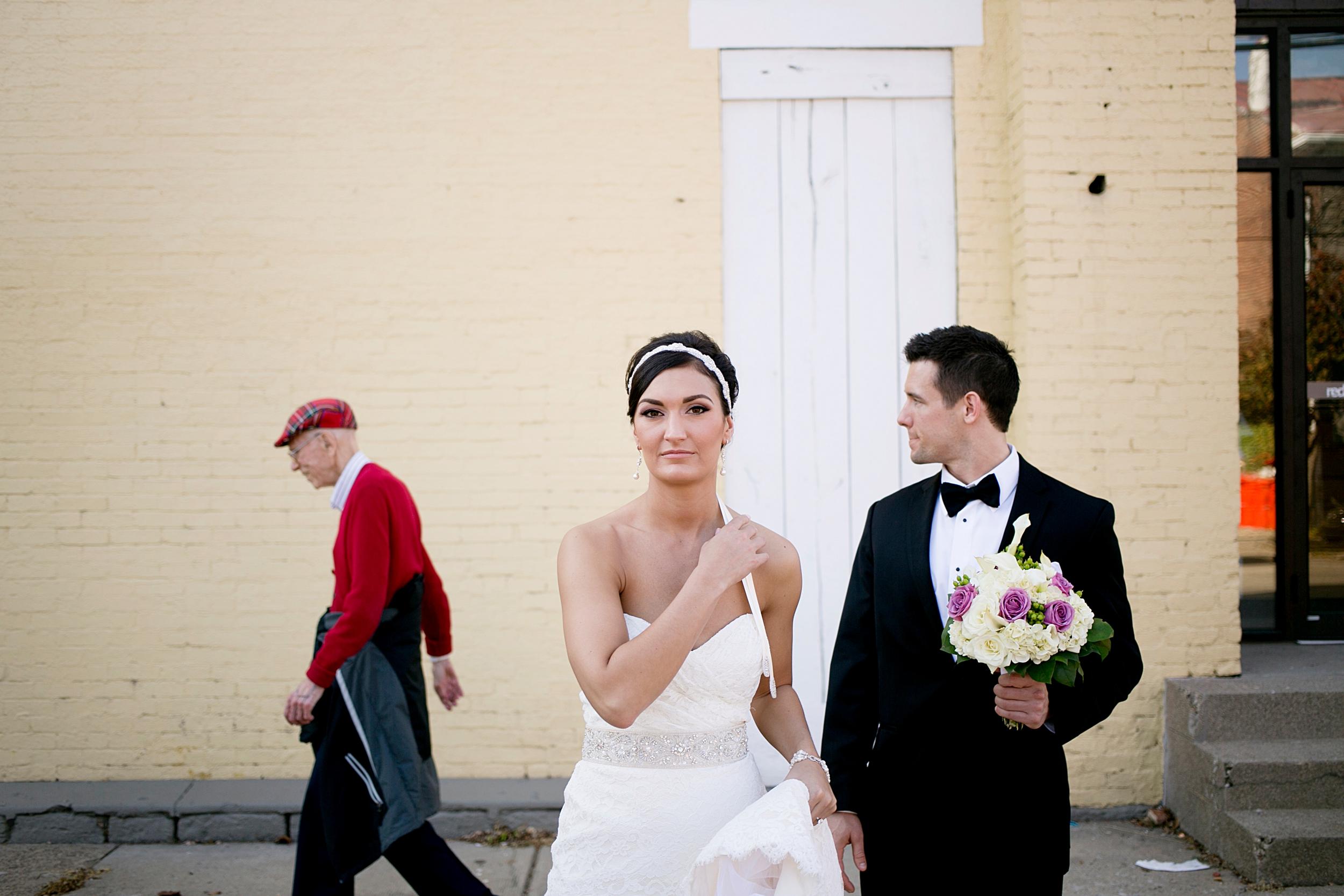 32-downtown-louisville-rustic-wedding-portrait.JPG