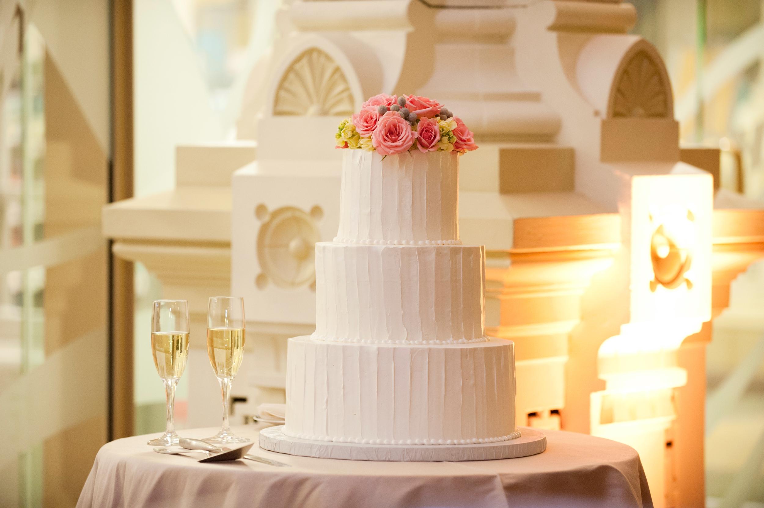 45-merts-wedding-cake.JPG