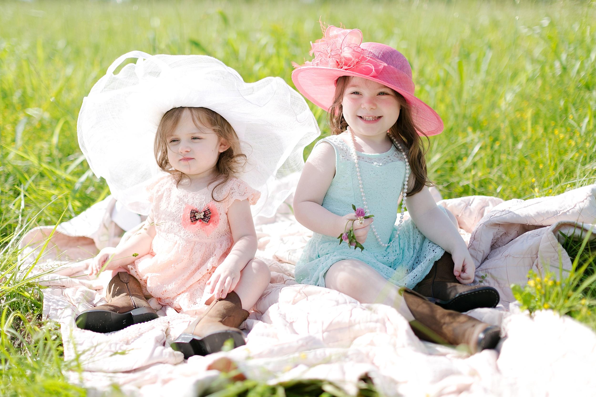 18-little-girls-field-photos.jpg