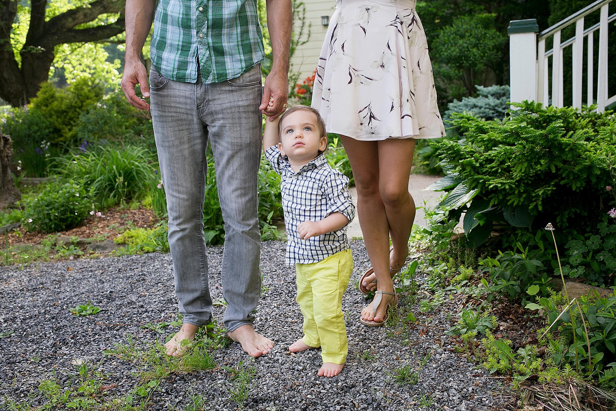 17-asheville-family-photos-at-home.jpg