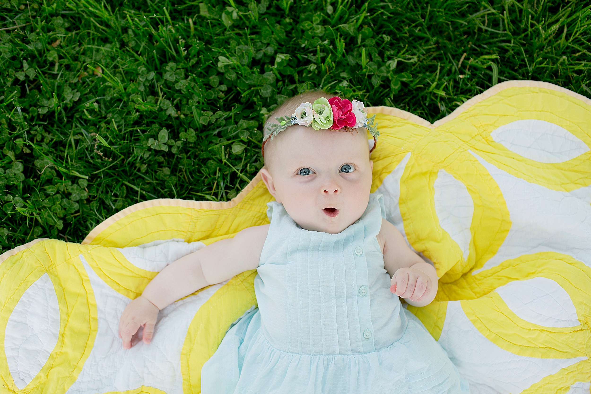 04-baby-on-a-quilt-pakrlands-picture.jpg
