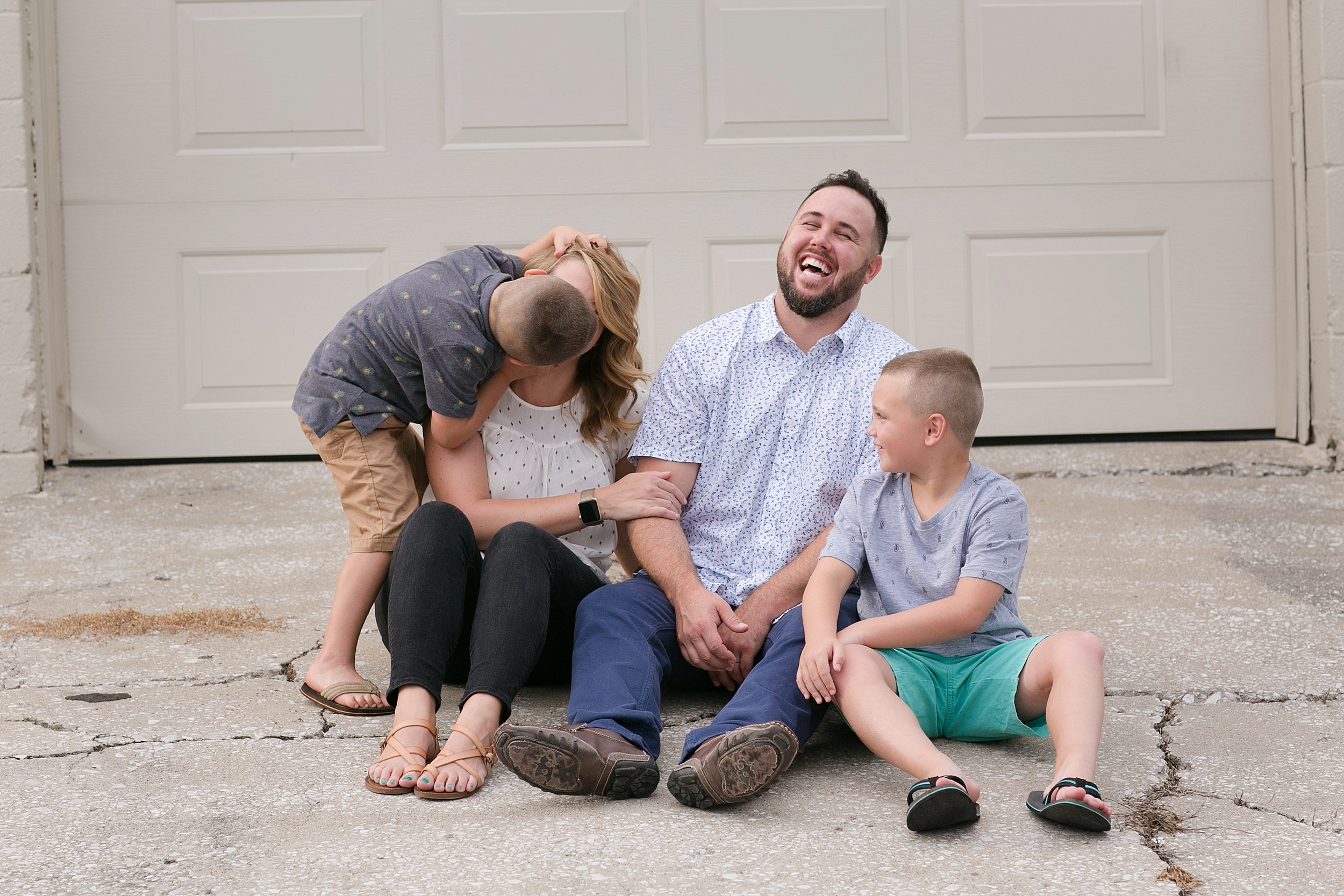 06-funny-family-photo-louisville-ky.jpg