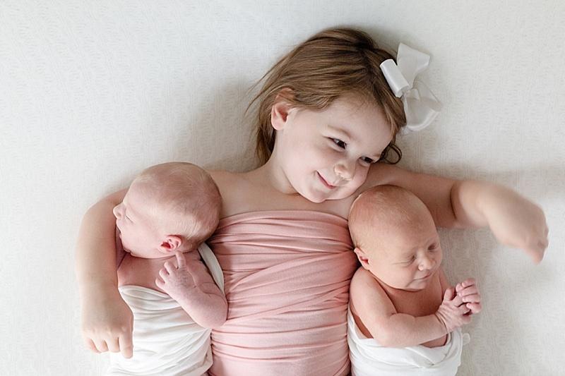 louisville-twin-baby-pictures-beautford-bonnet-twin-swaddle-101.JPG